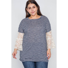 **Plus Stripe Lace Sleeves Knit Top